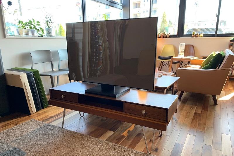 テレビボードとしても使えます。