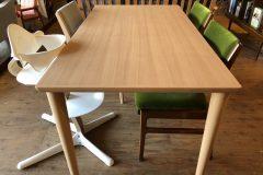 カリモク60+ダイニングテーブルの構造